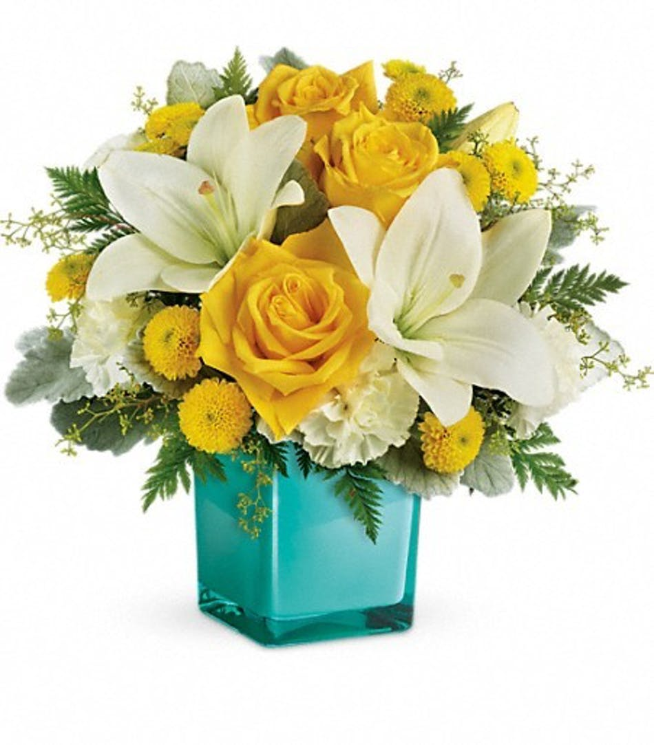 Golden Laughter Yellow & White Flower Bouquet